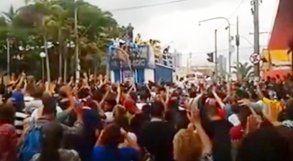 Marcha para Jesus em Piracicaba 2014 com nosso Trio Elétrico PODEROSO